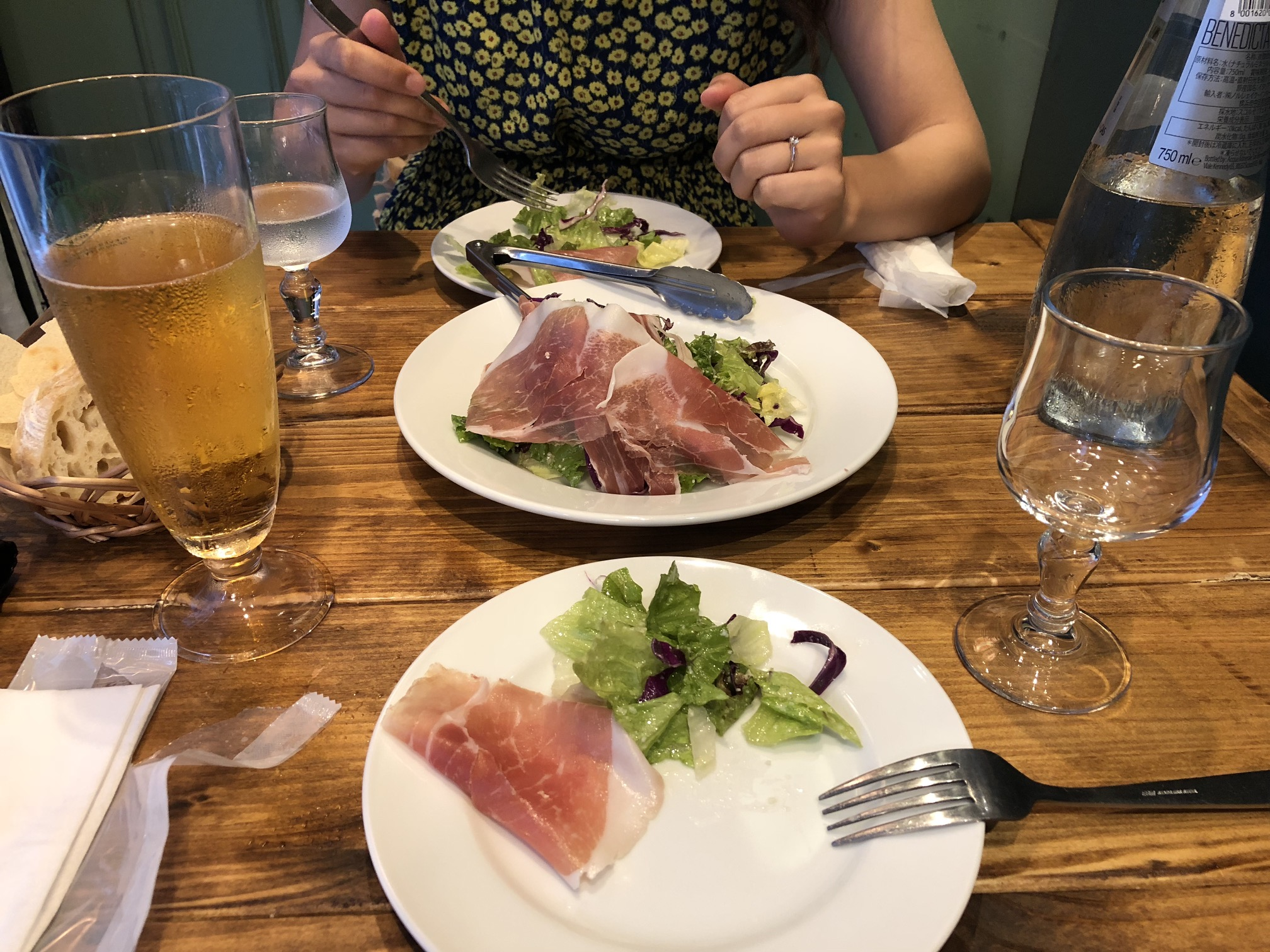 (Caption) We finished the day in Italian restaurant with a salad… ?